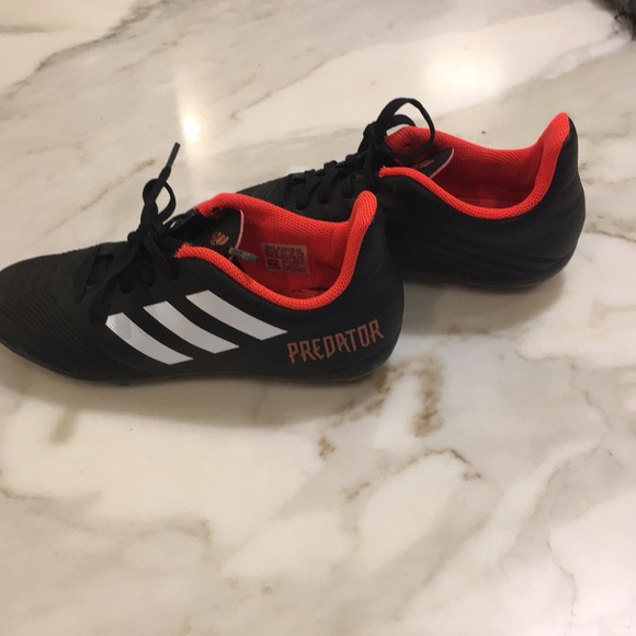 035d369cd7a0 adidas Other - Boys Adidas Predator soccer cleats